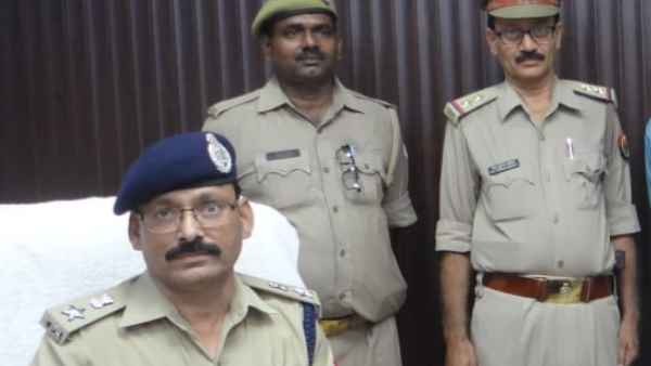Chandauli police arrested a accused of robbing