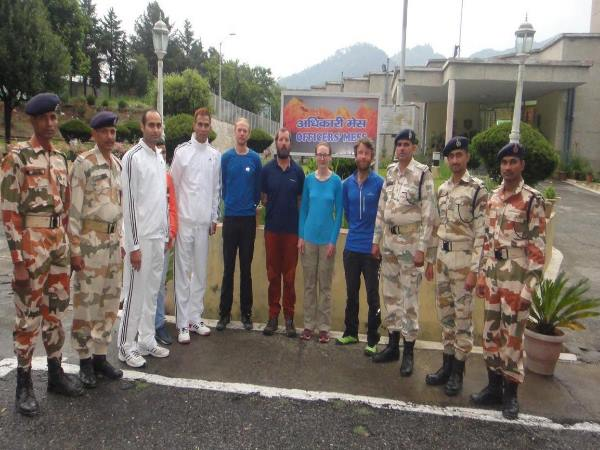 Uttarakhand:four climbers rescued by itbp with the help of Indian Air Force
