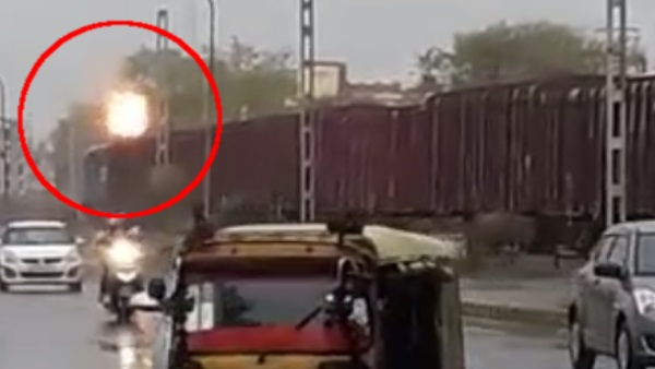 Fire in Train engine at malviya nagar puliya Jaipur
