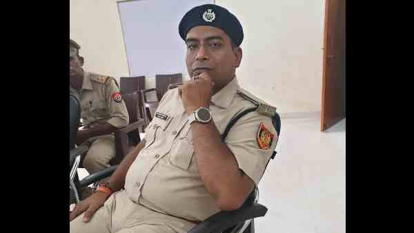 fraud ips who roam in the city caught by an inspector