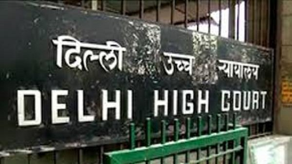 Delhi HC issues notice to Delhi police and HMA on alleged incident of police brutality on auto driver