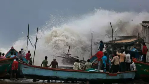 Cyclone Vayu Live Updates: Very severe storm moves away from Gujarat; Sea waves hits land
