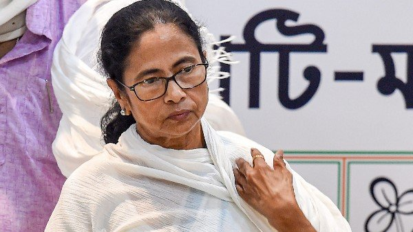 West Bengal CM Mamata Banerjee says if you are in Bengal you have to speak Bangla