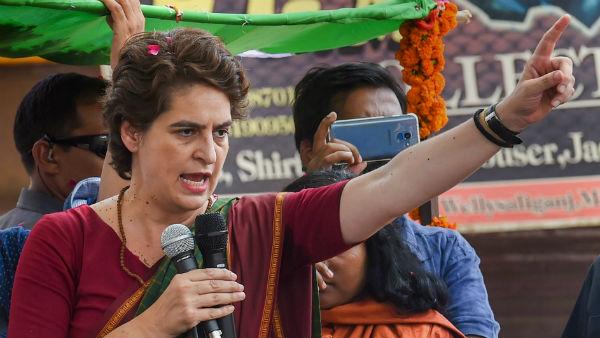 ये भी पढ़ें:रायबरेली में प्रियंका गांधी ने पार्टी के कार्यकर्ताओं पर निकाली भड़ास, कही बड़ी बात