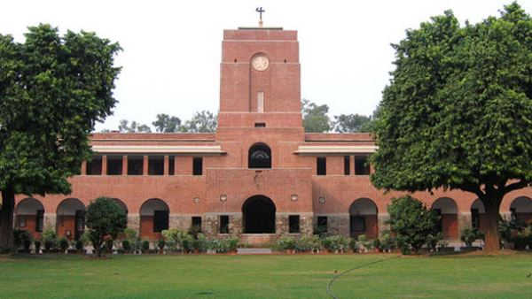 Delhi University Admissions: first cut off will be released on 20 june