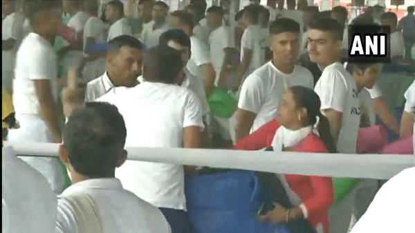 pandemonium broke out in Rohtak after people looted yoga mats from the venue Amit Shah