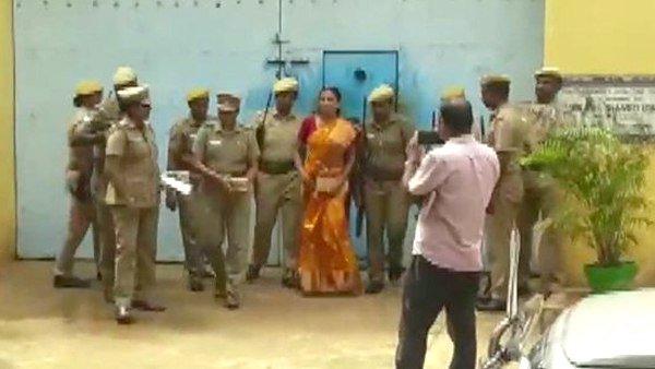 Rajiv Gandhi's murderer Nalini is in jail for 27 years