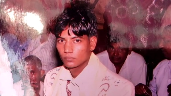 alwar young man died after accident and beaten in bhiwari alwar