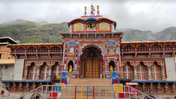Portals of Badrinath temple closed ahead of Lunar Eclipse