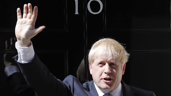 Boris Johnson becomes new prime minister of britain