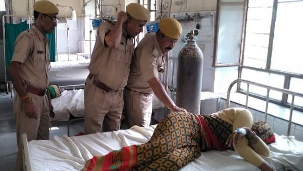 husband shot wife for lligal affair in dholpur rajasthan