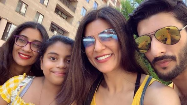 Bollywood actress sushmita sen give reply to her troller on instagram
