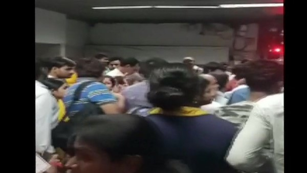 person died after his hands got stuck in the gates of a metro train at Park Street station in Kolkata