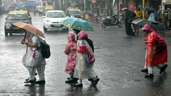 पढ़ें: गुजरात में भारी बारिश, घर छोड़ने को मजबूर हुए कई गांव-कस्बों के लोग, पशुओं की भी मौत