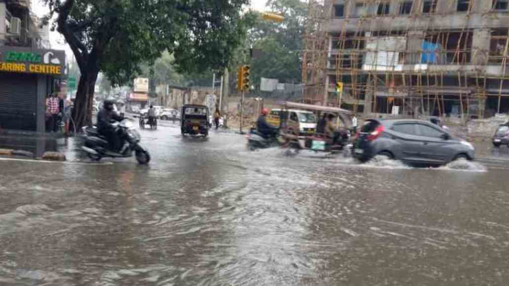 heavy rain in Ajmer and pushkar, Collector issued school leave orders