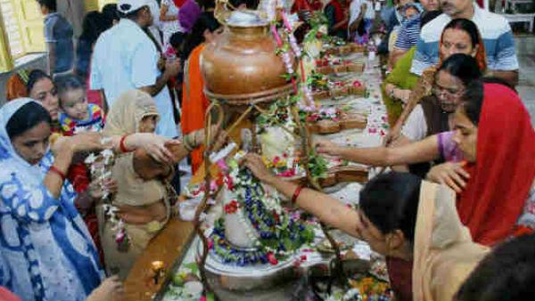 Sawan or Shravan 2019: शिव को मनाने के लिए