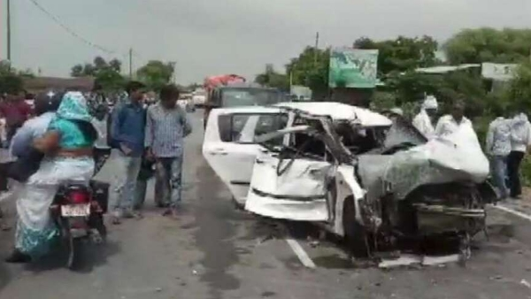 Centre govt handed over the investigation of road accident case of Unnao rape survivor to CBI