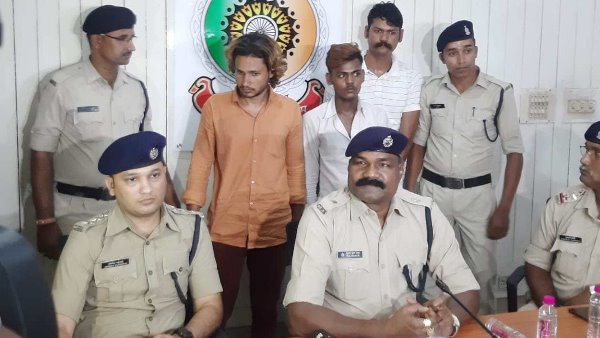 With arretesd with Two accused in Vishwanath Sharma Murder case of Raipur