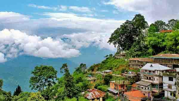 इसे भी पढ़ें : कश्मीर में अब भले जमीन खरीद लें आप लेकिन अभी भी इन राज्यों में नहीं खरीद सकते हैं