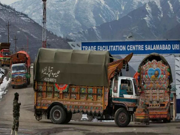 <strong>पढ़ें- भारत-पाकिस्तान के बीच व्यापार खत्म: इन 10 पाकिस्तानी सामानों की भारत में है जबरदस्त डिमांड,सीमा-पार से होता है आयात</strong>