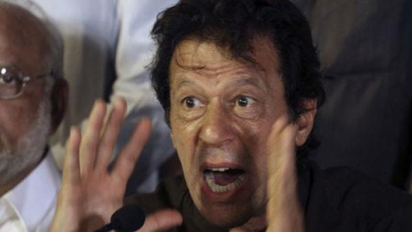 इसे भी पढ़ें- इमरान के बौखलाहट भरे कदम से पाकिस्तान की टूटी कमर, डूबे 1 लाख करोड़