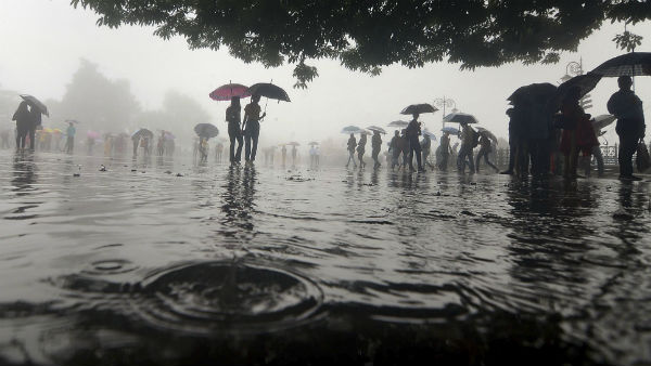 यह पढ़ें: देश के 7 राज्यों में आज भारी बारिश का अलर्ट, बिना जरूरत घर से बाहर ना निकलें लोग