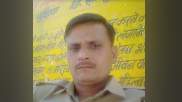 up police constable hangs himself in police station