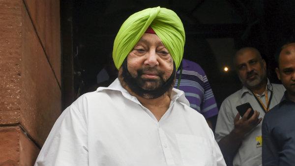 दिल्ली में प्रदूषण: अरविंद केजरीवाल के आरोपों पर अमरिंदर सिंह ने दिया ये जवाब