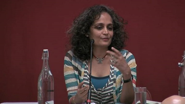 arundhati roy apologises for 2011 video praising pakistan army