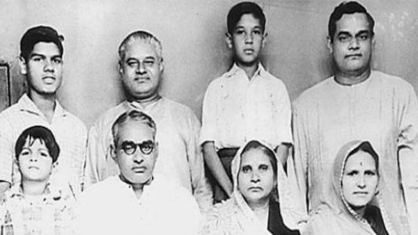 यह पढ़ें:#AtalBihariVajpayee: अपने पिता संग एक ही क्लास में पढ़ते थे अटल बिहारी वाजपेयी, जानिए रोचक किस्सा