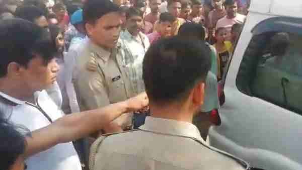 Mob lynching with Delhi Police in Bareilly