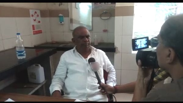 Gujarat: attack on Congress MLA kantibhai parmar near court