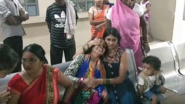 <strong>ये भी पढ़ें: फर्रुखाबाद: रक्षाबंधन पर बहन से राखी बंधवाने आया था भाई, गंगा में डूबकर मौत</strong>