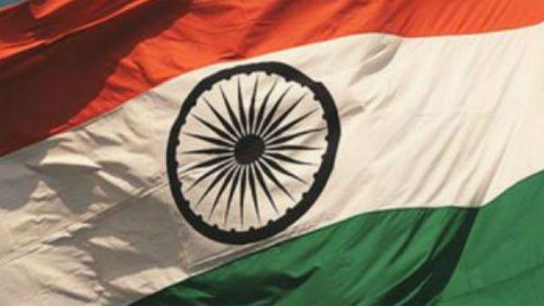 <strong>यह पढ़ें: Jammu Kashmir: कोने-कोने में फहराएगा तिरंगा, BJP ने मंगवाए 50 हजार झंडे</strong>
