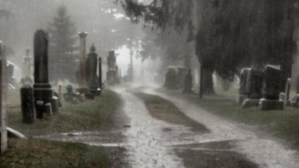 people shocked to see grave of old man after heavy rain