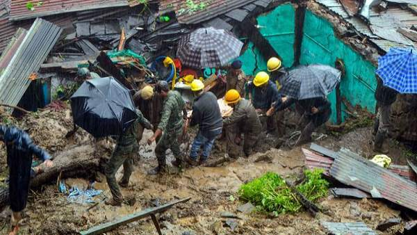 Himachal pradesh affected by heavy rain, Rs 574 crore loss and 25 deaths in 2 days