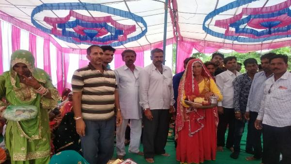 hindu brother perform wedding rituals for her muslim sister in Surera Village of sikar