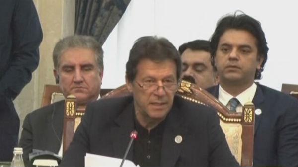 <strong>यह भी पढ़ें-पाकिस्तान में इमरान खान सरकार ने लॉन्च किया 'Say no to India' कैंपेन</strong>
