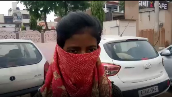 jharkhands girl complaint against Dr Bansal of Jaipur