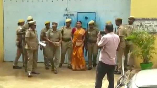 Madras High court extends Nalini Sriharan parole by three weeks