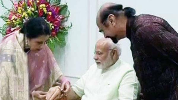 यह पढ़ें: मोदी को राखी बांधने दिल्ली पहुंची पाकिस्तान की कमर जहां, कहा-दुआ है कि भाई को मिले नोबेल पुरस्कार