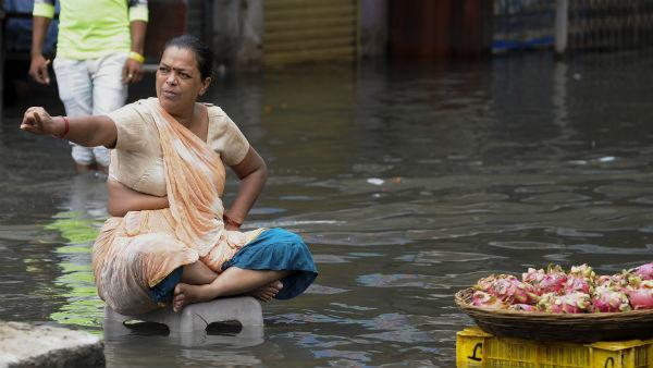 यह पढ़ें: IMD: महाराष्ट्र में बारिश का कहर , 27 की मौत, मुंबई में अलर्ट जारी, कई ट्रेनें रद्द
