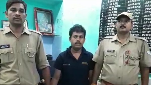 woman molested in rajdhani express attendant arrested