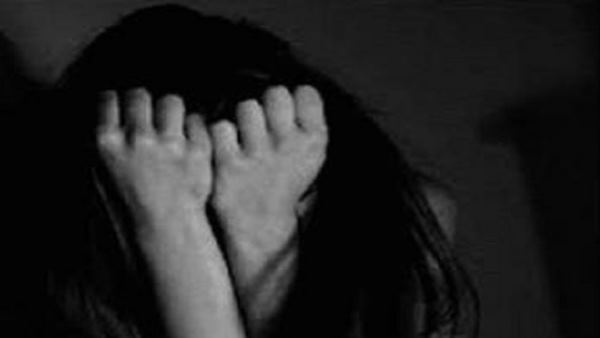 jharkhand man caught running away with the girl in the sack for rape