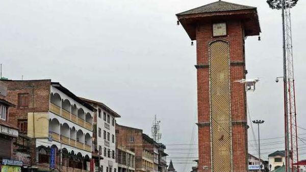 यह पढ़ें: Independence Day: क्यों खास है जम्मू-कश्मीर का लाल चौक, क्या है इसका इतिहास?