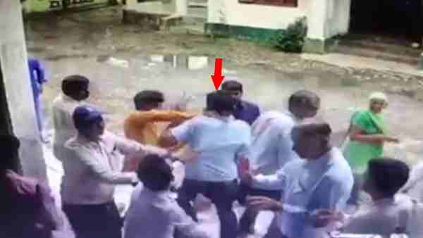 Case filed against BJP MLA Mahendra Singh Yadav for beating the govt officer