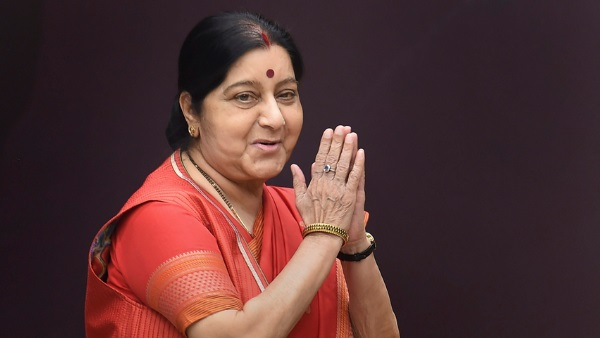 हर दिन अलग रंग की साड़ी क्यों पहनती थीं सुषमा स्वराज, पत्रकार के सामने खोला था राज