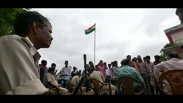 ujara village celebrate independence day in police protection