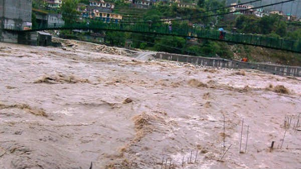 imd predicts heavy rainfall in several districts of uttarakhand