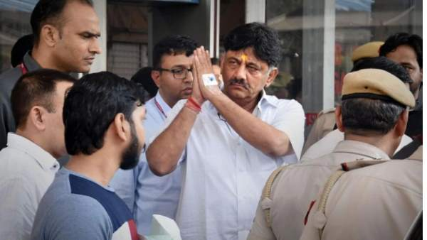 Enforcement Directorate summoned mother and wife of DK Shivakumar